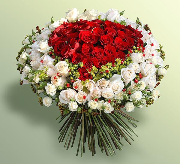 Красивые и необычные букеты цветов фото 1