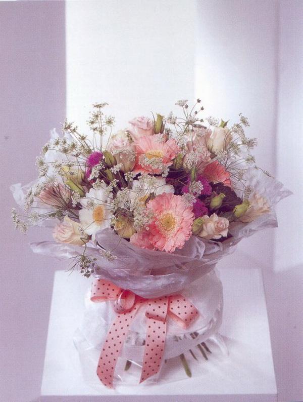 Красивые и необычные букеты цветов фото 14