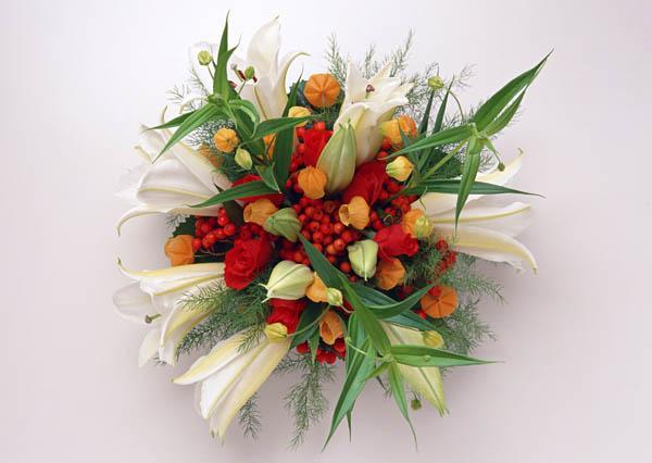 Красивые и необычные букеты цветов фото 16