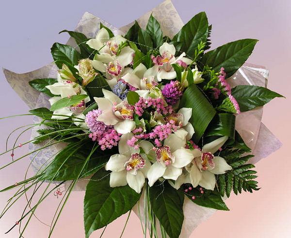 необычные букеты цветов фото: