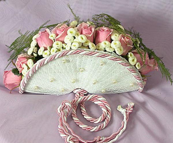 Красивые и необычные букеты цветов фото 20