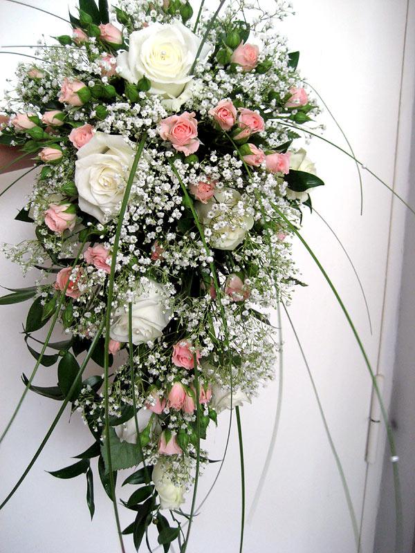 Красивые и необычные букеты цветов фото 3